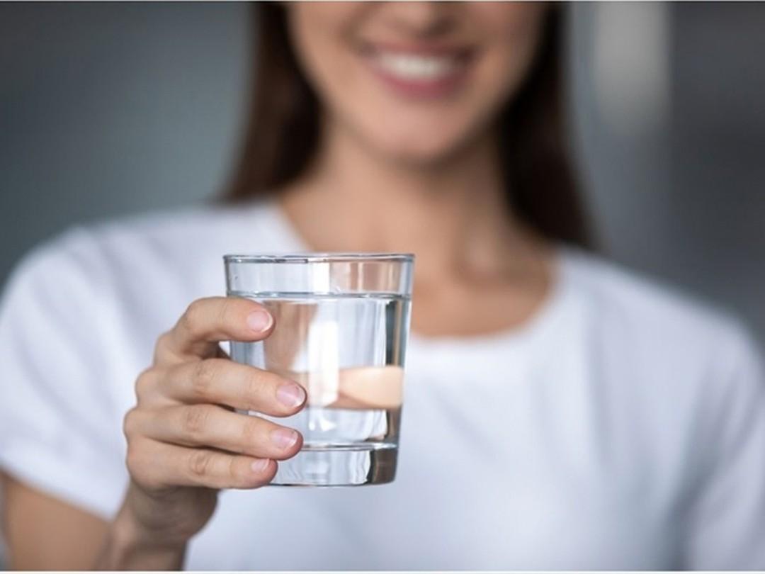 Uống đầy đủ nước