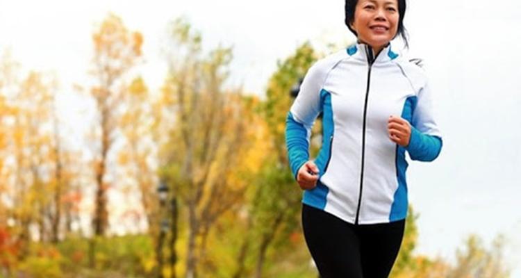 Bật mí phương pháp tập thể dục giữ gìn vóc dáng đẹp cho chị em sau 50