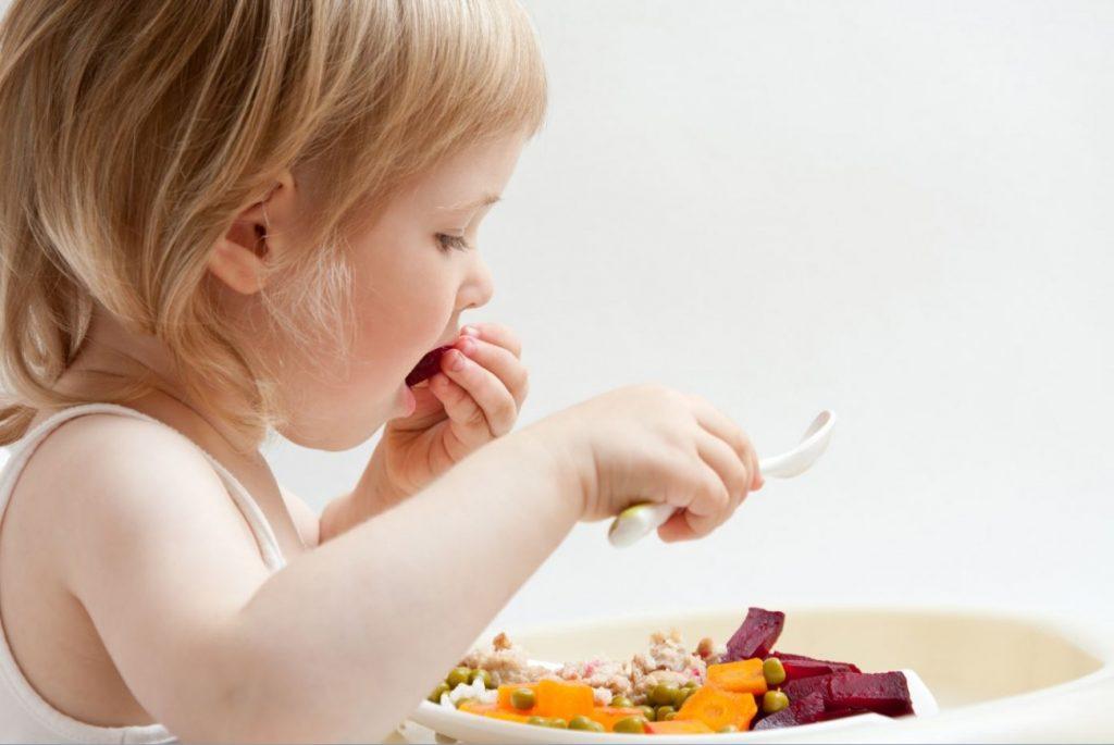 Cách ăn dặm kiểu Nhật áp dụng cho trẻ từ 5 – 6 tháng