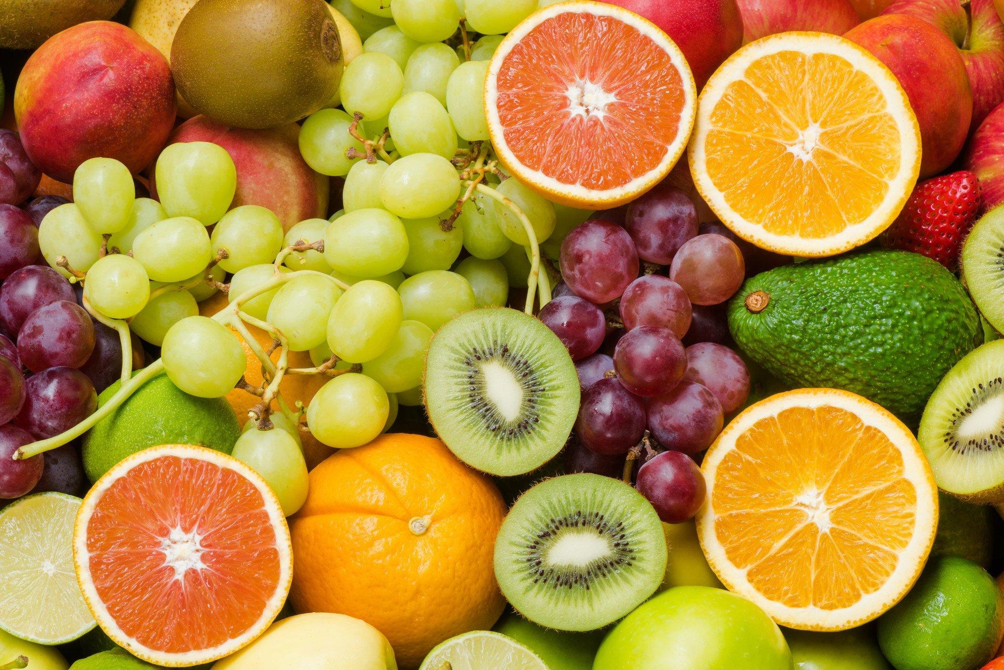 Ăn nhiều hoa quả tươi giúp cung cấp các vitamin có lợi,giúp ngăn ngừa khả năng bệnh ung thư dạ dày