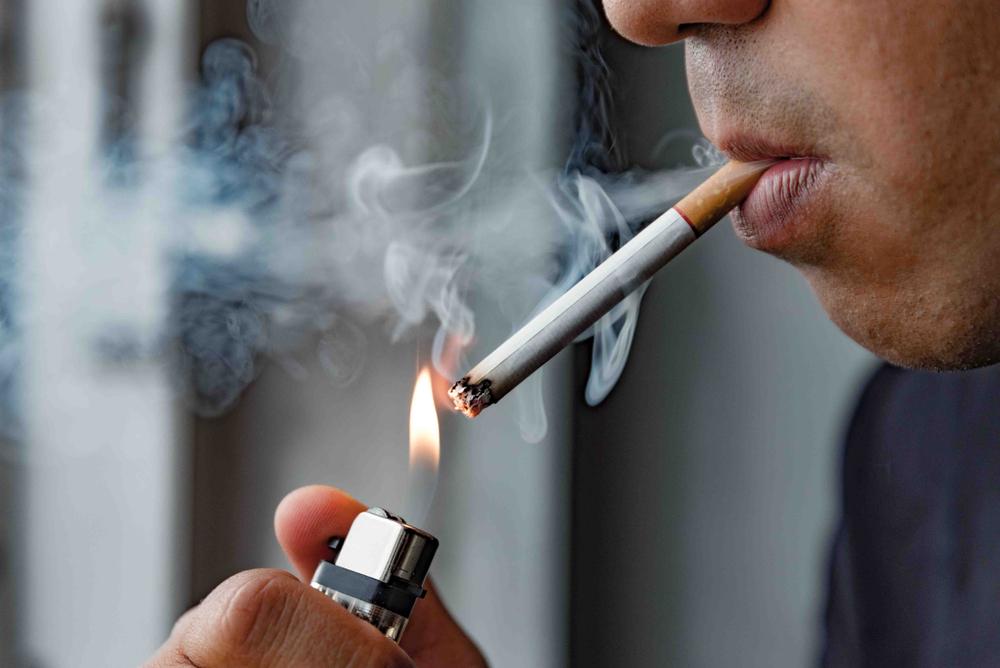 Ngưng hút thuốc giúp giảm thiểu nguy cơ ung thư ruột già (ruột kết)