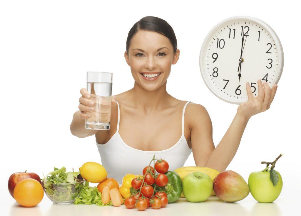 Chế độ ăn uống thích hợp cho những người hay mất giấc ngủ