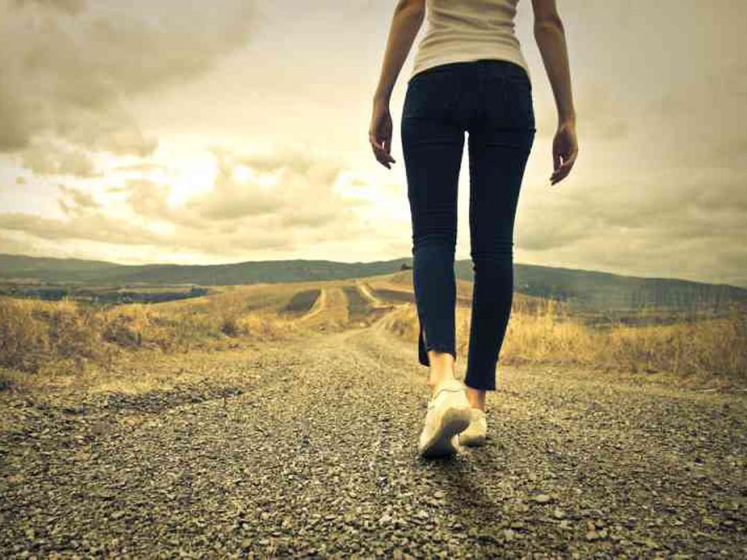 Dành thời gian đi bộ mỗi ngày giúp bạn kéo dài tuổi thọ của mình