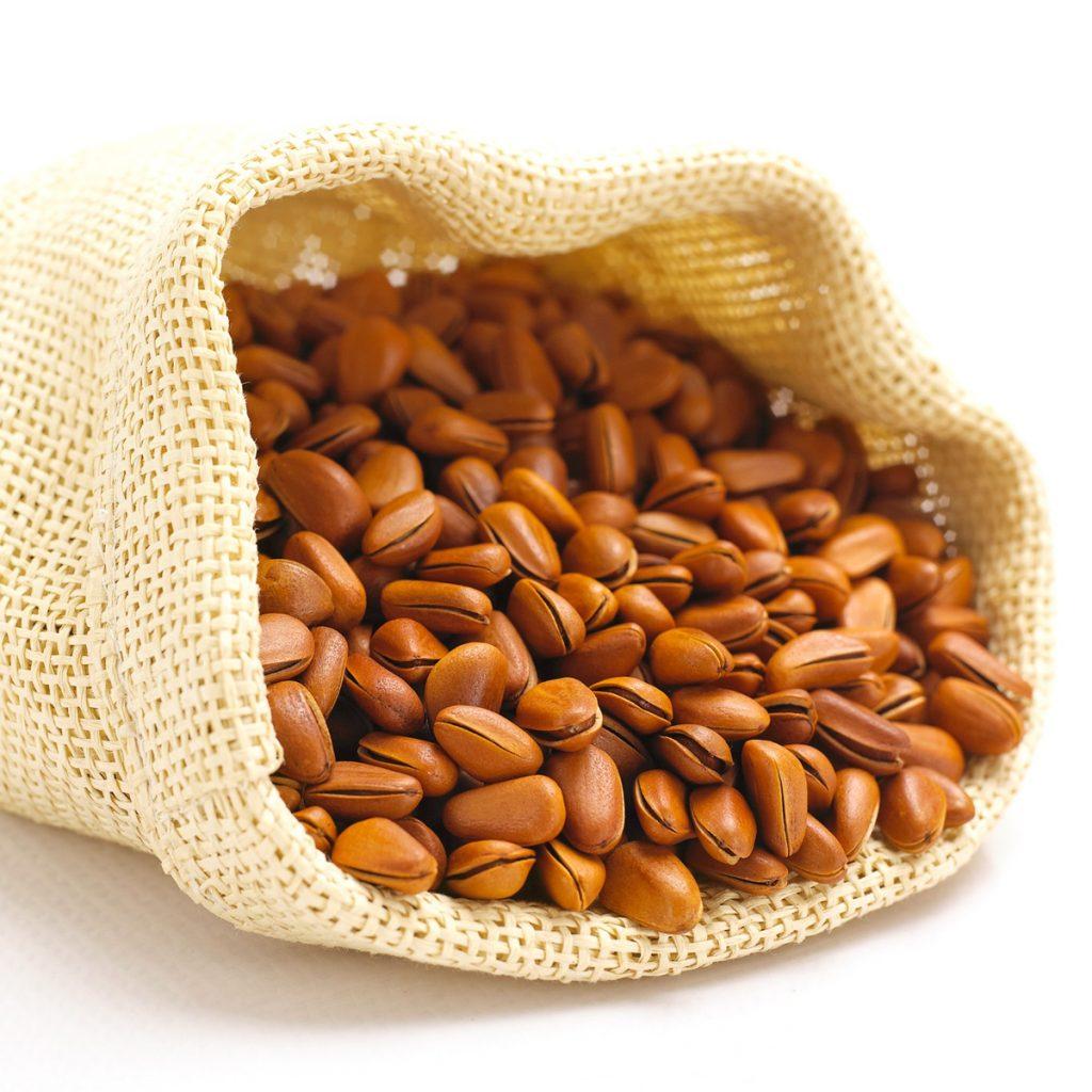Lợi ích sử dụng hạt thông nhờ cung cấp các chất dinh dưỡng cần thiết