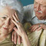 Một số việc cần biết khi chăm sóc người già suy dinh dưỡng