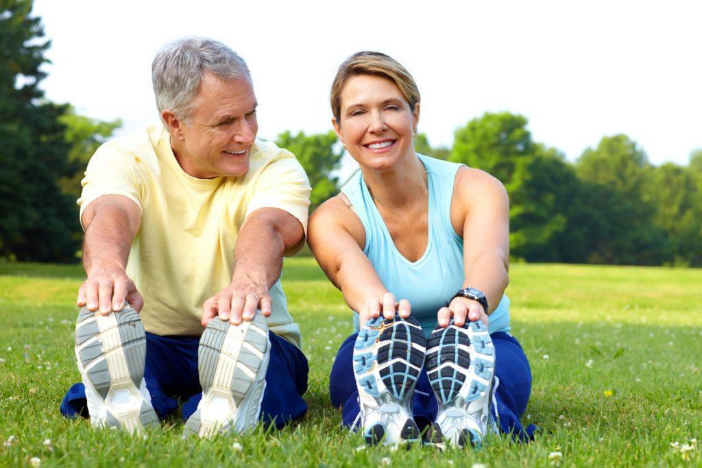 Những bài tập thể dục thích hợp cho người bệnh tim mạch vào thời tiết mùa hè