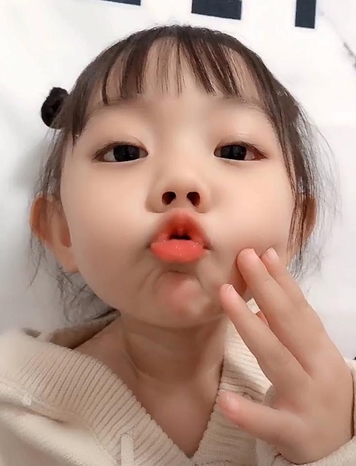 chu môi